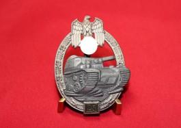 Panzerkampfanzeichen in Silber mit Einsatzzahl 25 1